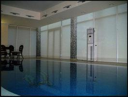 Шторы в бассейн
